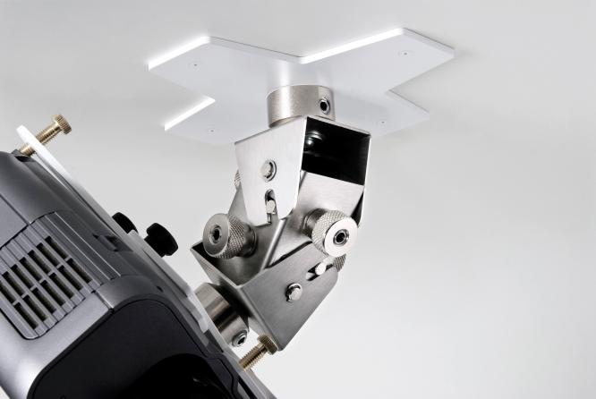 Supporto professionale per videoproiettore arakno con regolazione micrometrica 18cm + prolunga bianco