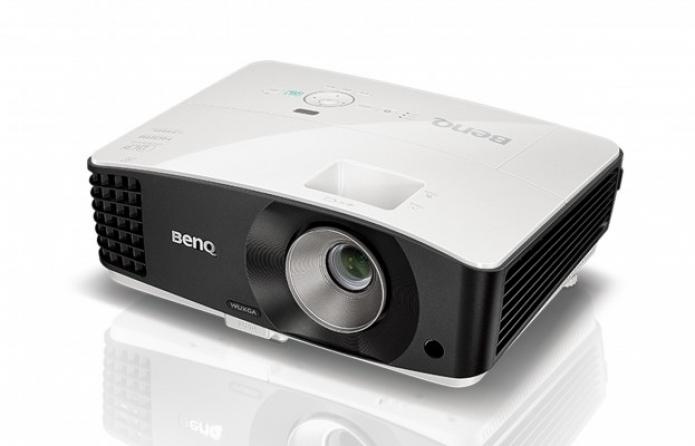 Videoproiettore Benq MU686