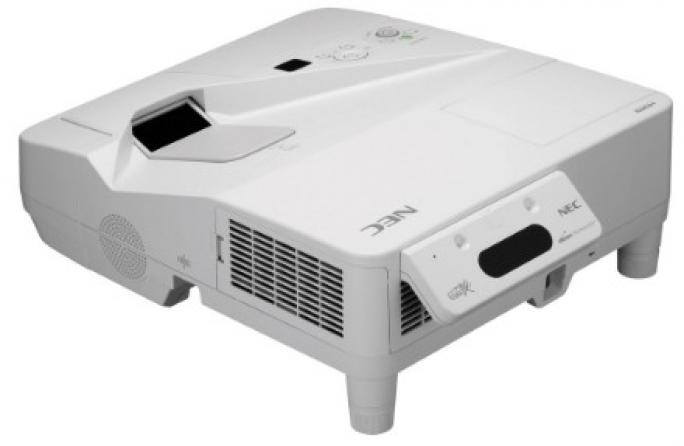 Videoproiettore Nec UM330Xi