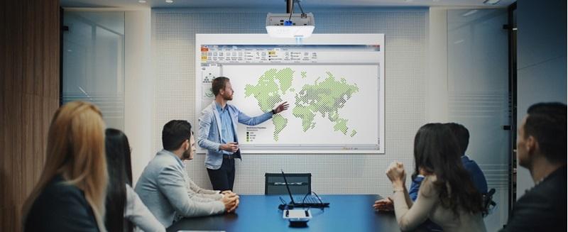 Condivisione schermo in una riunione
